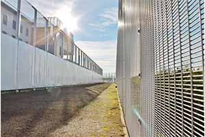 ZaunFranceprison